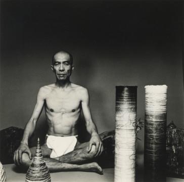 Portrait of Tetsumi Kudo, August 20, 1981. Courtesy of Walker Art Center. © Shigeo Anzai.