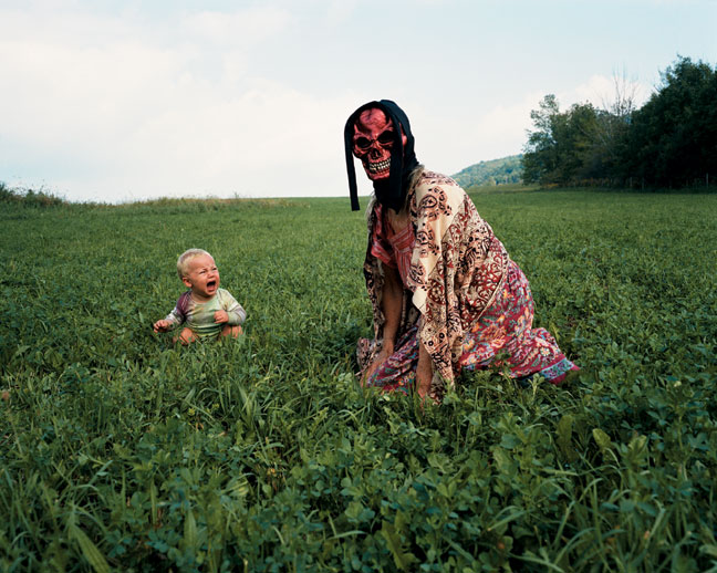 Tierney Gearon, Untitled (2001) C-print, 20 x 24 inches - Curator Women In Photography. Image courtesy of PPOW Gallery.
