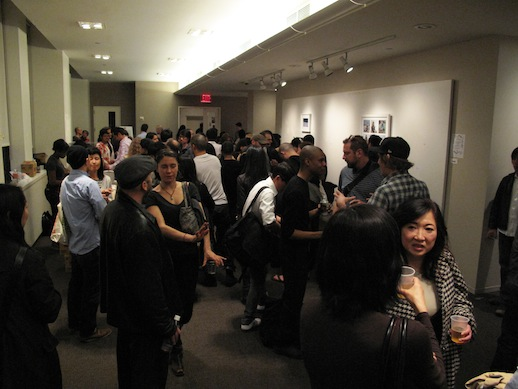 Crowds after the talk. Photo: Yu Kanbayashi